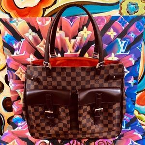👜👜👜Authentic Louis Vuitton Uzès Tote Bag